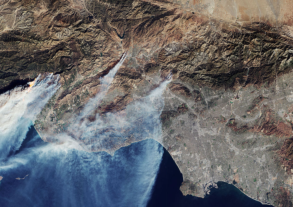 Ongoing Californian wildfires captured from space